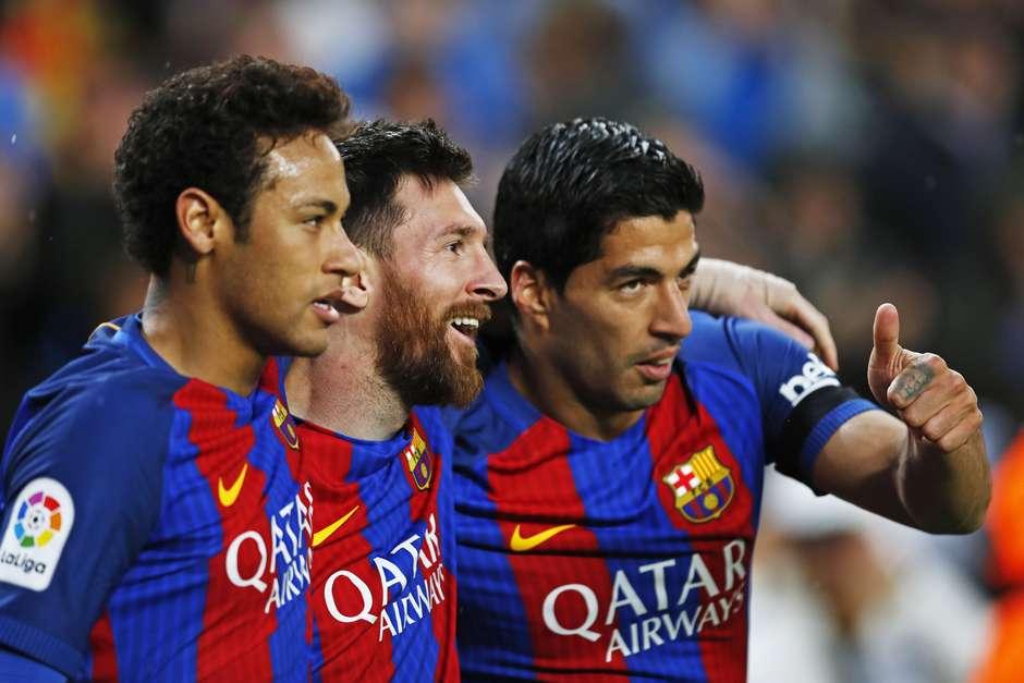 Neymar, Lionel Messi e Luis Suarez, juntos, na época do trio MSN no Barcelona (06/04/2017) Foto: D.Nakashima/AFLO / Reuters