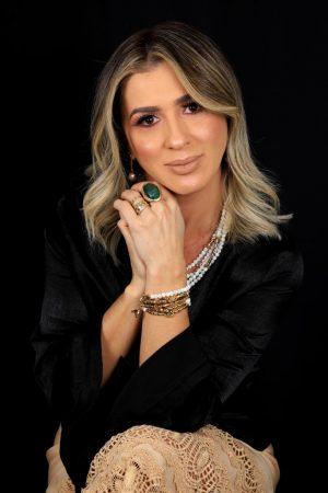Programa Cidade + terá apresentação de Evânia Ribeiro e irá ao ar todo domingo, às 9h pela TV MS Record. (Fotos: Divulgação)