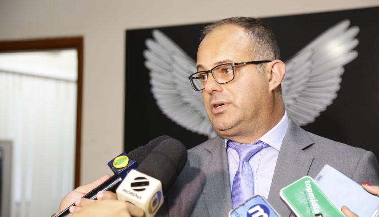 Delegado Hoffman durante coletiva de imprensa. Foto: Leonardo de França