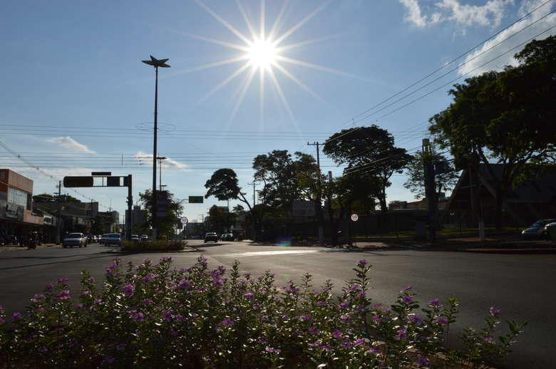 Setembro foi marcado por calor intenso e tempo seco em Dourados - Crédito: Gizele Almeida/Dourados News