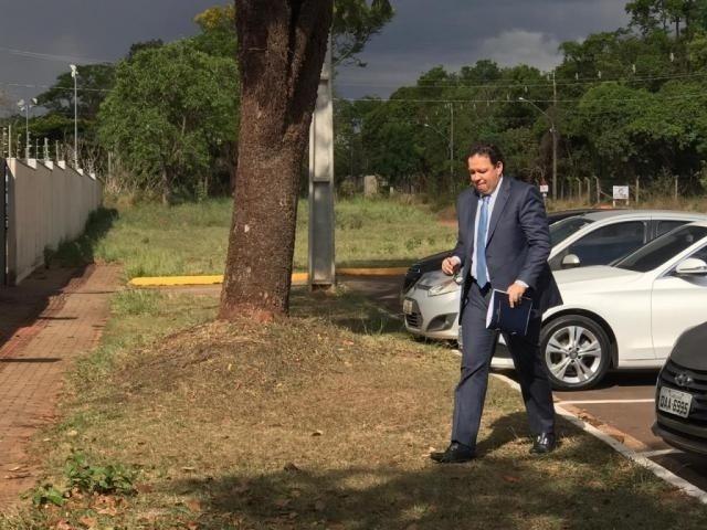 O advogado Alexandre Franzoloso, no dia do depoimento ao Gaeco, já depois da operação. (Foto: Liniker Ribeiro)