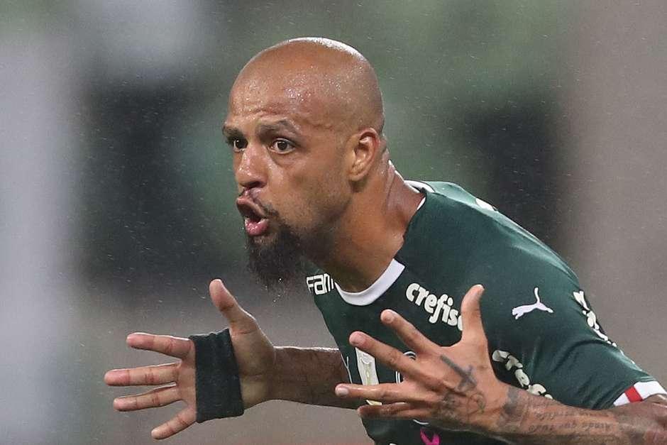 Felipe Melo, do Palmeiras, comemora seu gol. Foto: ALEX SILVA / Estadão Conteúdo
