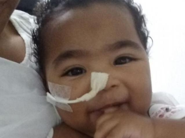 Bebê de 9 meses precisa de aparelho respiratório para deixar hospital. - Crédito: (Arquivo pessoal)