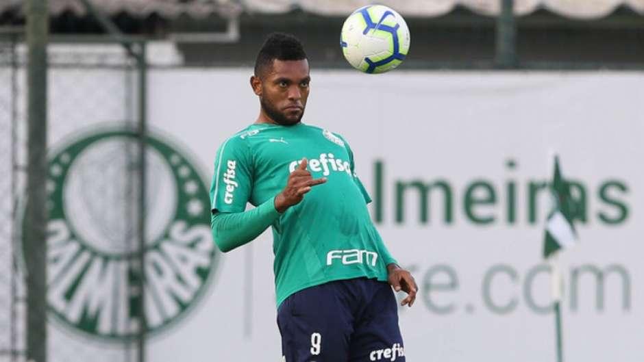 Borja tem jogado pouco e virou a última opção entre centroavantes do Palmeiras (Foto: Cesar Greco) Foto: LANCE!