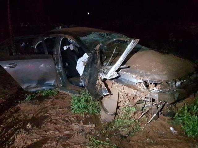 Veículo Jeta ficou completamente destruído. (Foto: Divulgação/PRF)