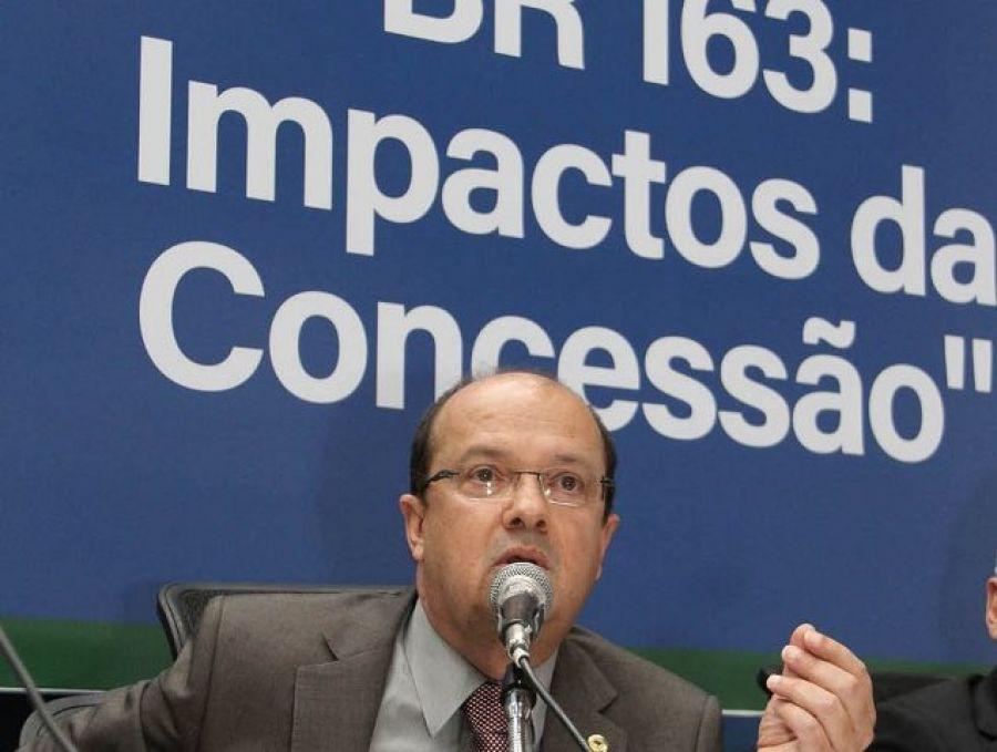 Deputado Barbosinha conduz audiência pública sobre concessão da BR 163,que agora será revista pelo Governo - Assessoria/Wagner Guimarães