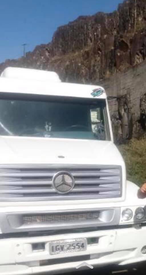 Homens armados renderam e roubaram caminhão de moradores da Bahia que passavam por Deodápolis
