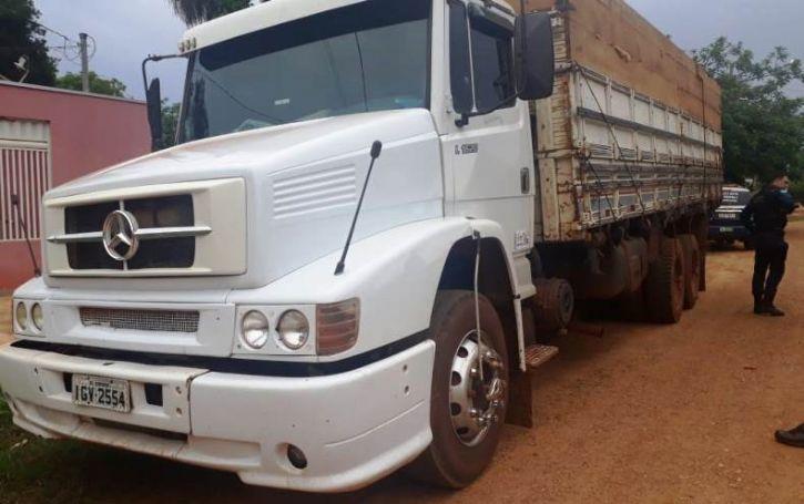 Caminhão foi localizado estacionado em um Lava Jato do distrito de Lagoa Bonita