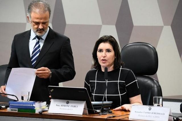 Senadora Simone Tebet durante reunião da CCJ. (Foto: Agência Estado)