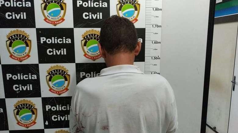 Homem foi preso pela tentativa de roubo - Crédito: Osvaldo Duarte/Dourados News