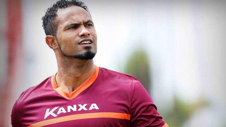 Goleiro Bruno busca novo clube para carreira (Foto: Cristiane Mattos/AFP) Foto: LANCE!