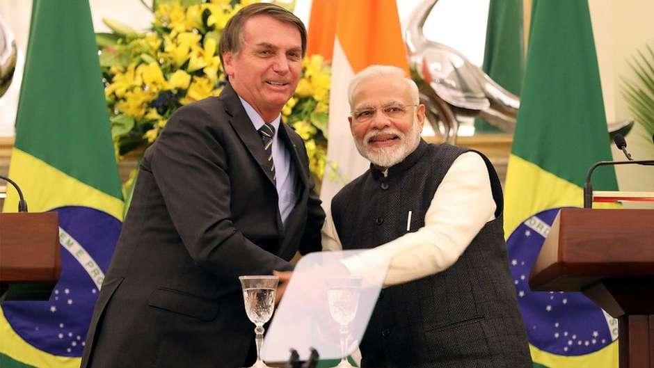Tanto Jair Bolsonaro como Narendra Modi trouxeram a direita de volta ao poder e prometeram reformas, economias mais modernas e mais empregos em seus países Foto: EPA / BBC News Brasil
