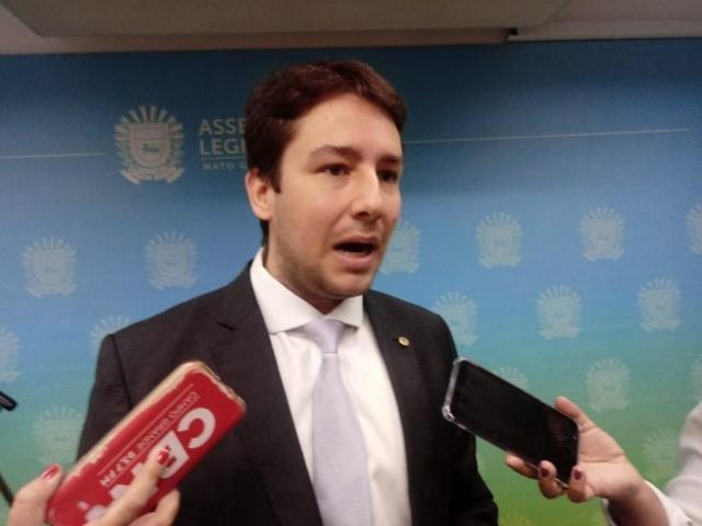 Deputado José Henrique Catan anunciou saída de CPI na sessão desta quarta-feira. (Foto: Leonardo Rocha)