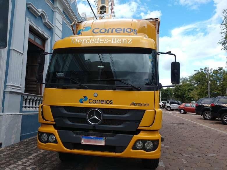 Veículo que presta serviço aos Correios foi apreendido - Crédito: Divulgação/PF