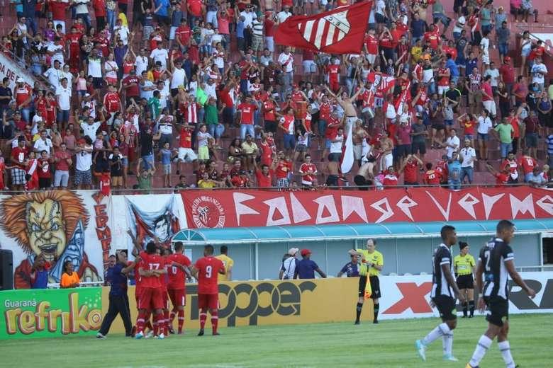 Comercial venceu o Operário por 2 a 0 - Crédito: Franz Mendes