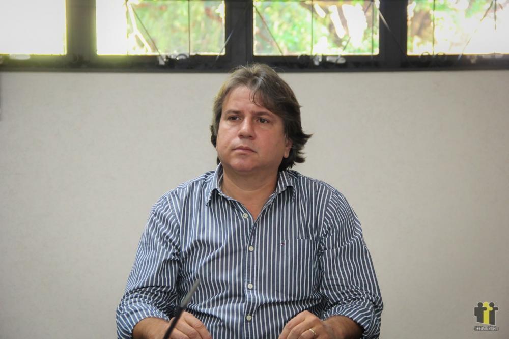 Caravina demonstra preocupação com a crise na saúde (Foto: Edson Ribeiro)