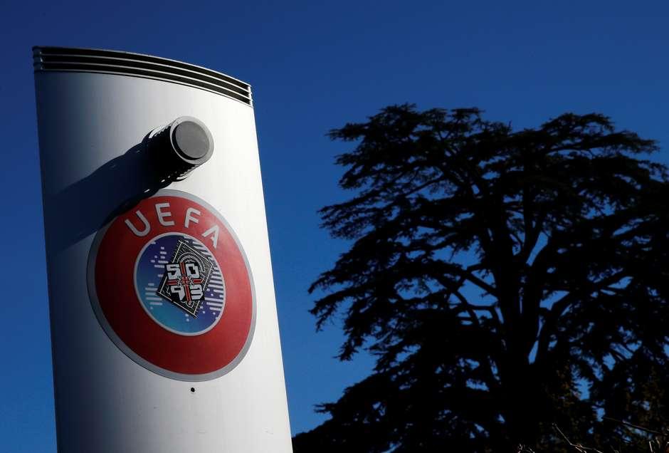 Logo da Uefa na sede da entidade em Nyon, Suíça 28/02/2020 REUTERS/Denis Balibouse Foto: Reuters