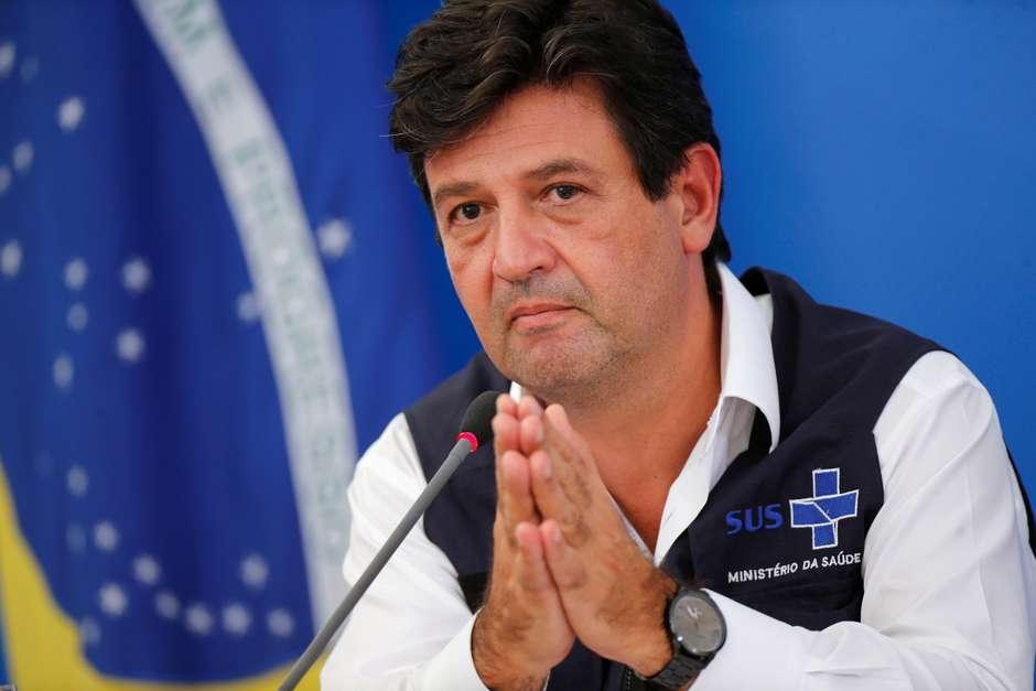 Ministro da Saúde, Luiz Henrique Mandetta, durante entrevista coletiva em Brasília 03/04/2020 REUTERS/Adriano Machado Foto: Reuters