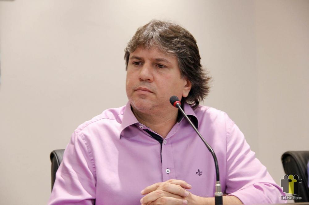 Assomasul orienta a isenção da cobrança da taxa de iluminação pública nos municípios