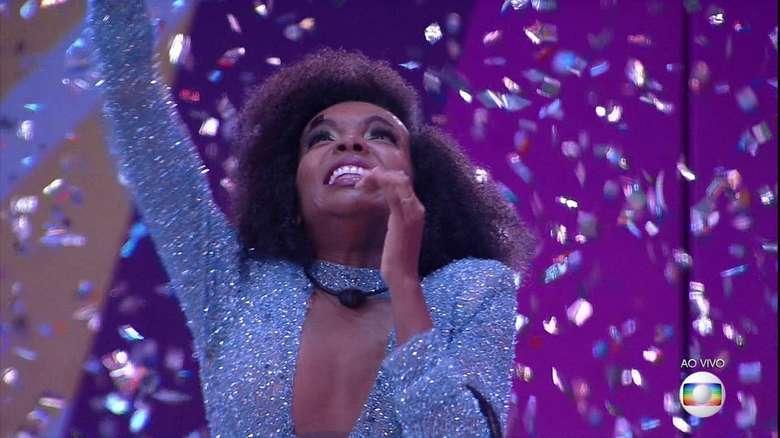 Thelma vence o 'BBB20' com 44,1% dos votos e ganha R$ 1,5 milhão