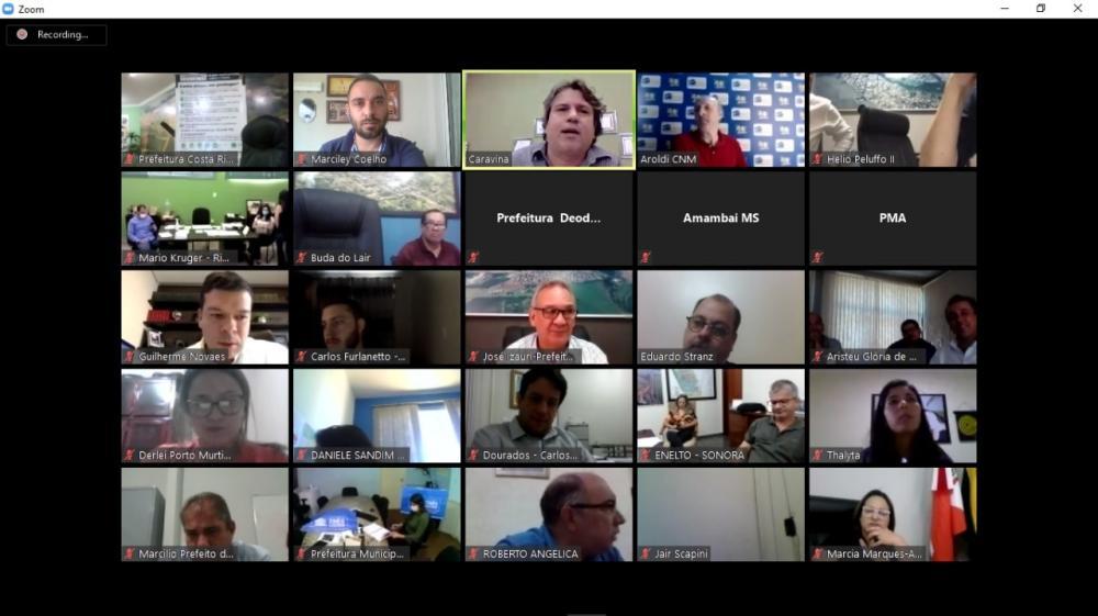Em videoconferência, prefeitos tiram dúvidas sobre controle das contas durante a pandemia