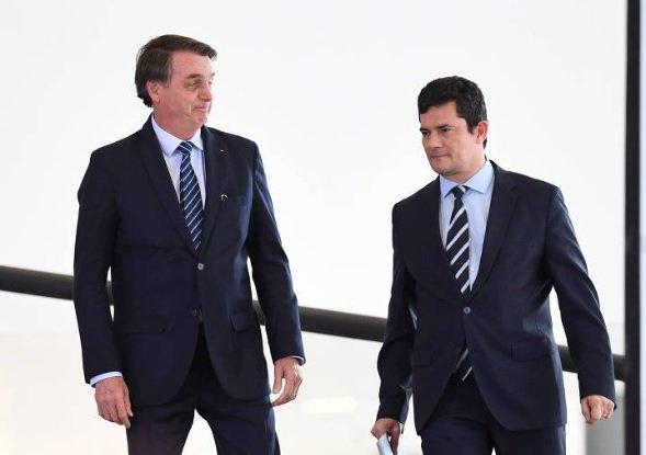 Moro compara Bolsonaro ao PT e diz estar aberto a novos movimentos democráticos