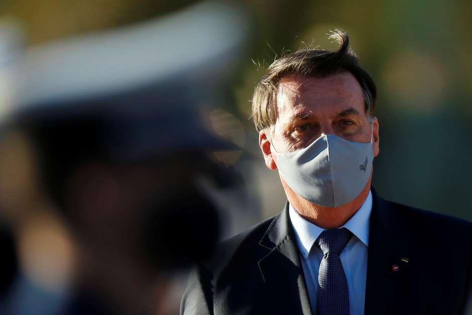Bolsonaro testa positivo para novo coronavírus