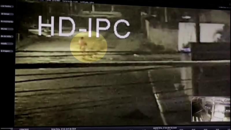 Imagens mostram suspeito carregando Kauani antes de menina ser morta em Mongaguá