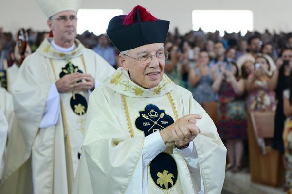 Missa na Canção Nova: Monsenhor Jonas Abib completou 54 anos de sacerdócio